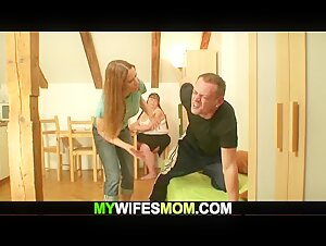 Long-haired fat girlfriends mother takes it from behind