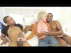 BBC Threesome Cuckold Asks Dee To Get Triple-BBCed In Front Of Him