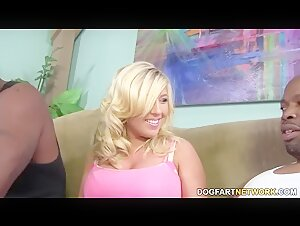 Heidi Hollywood takes BBC anal creampie